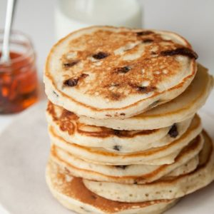 VANILLA CHOCOLATE CHIP PANCAKES